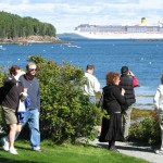 Bar Harbor cruise ship passenger charged with re-entry after deportation