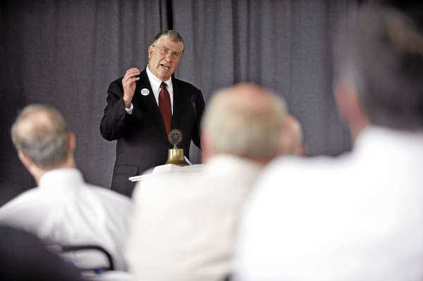 CAPTION Independent gubernatorial candidate Eliot Cutler speaks to Bangor Rotarians at their luncheon at the Seminary Hill Campus in Bangor Tuesday afternoon, August 17, 2010. (Bangor Daily News/John Clarke Russ)     (WEB EDITION PHOTO)