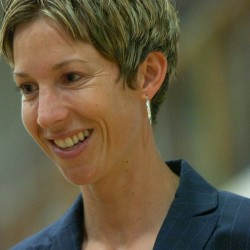 Mosher leaves UM women's basketball