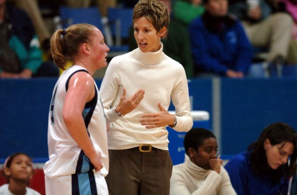Blodgett speaks to Kristin Baker during a 2007 game. (BDN file photo)