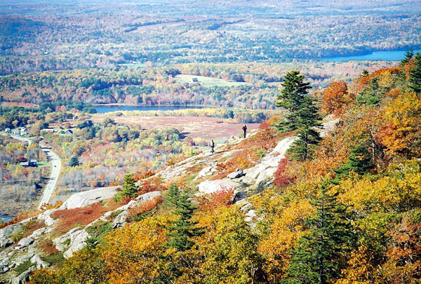 Ragged Mountain in Camden offers great foliage views like in this 2007 photo taken the last week in October. (Brad Viles photo)