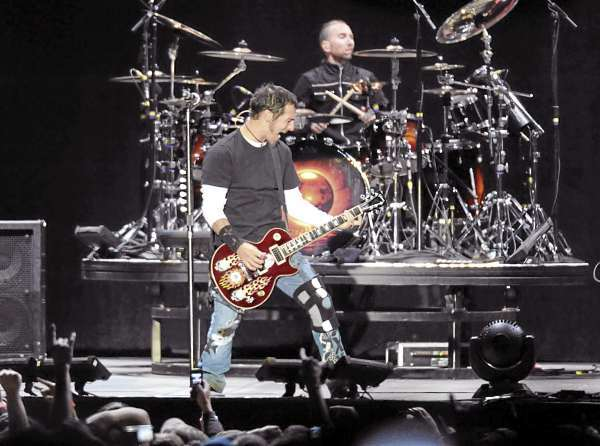 Godsmack festival brings thousands to Bangor to close out the Waterfront Concert Series