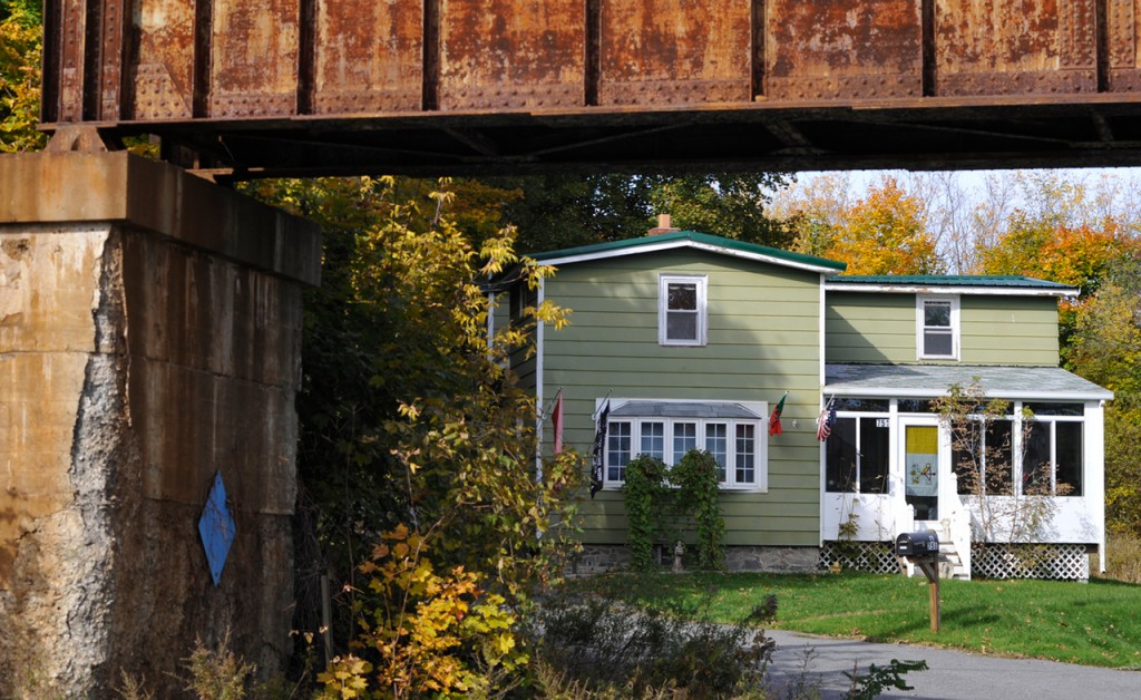 All was quiet at this home on 751 Main Street in Bangor late Sunday morning. Police closed down part of Main Street as well as part of  the neighborhood near the home during a standoff with a man inside the home Saturday evening, Oct. 23, 2010. Just after midnight Sunday, the Special Response Team fired tear gas into the house and arrested the man. He was transported to Eastern Maine Medical Center for evaluation. (Bangor Daily News/John Clarke Russ)
