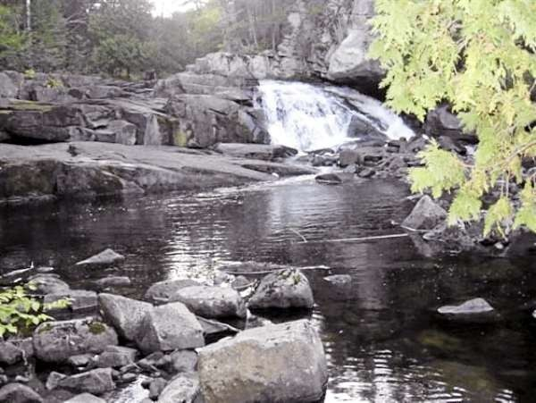 Lower Polliwog Falls, Maine Public Reserve land, Rainbow Township, T2, R12 WELS. (Meg Haskell photo)