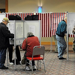 Voting begins in Maine primaries