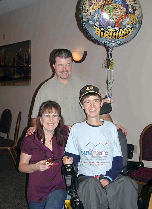 Man with muscular dystrophy celebrates 25 years