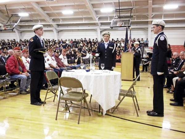 Brewer High School Veterans Day tribute. (Bangor Daily News/ Nok Noi Ricker)