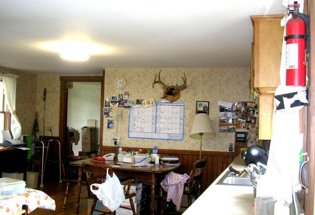 Pearse farmhouse. Kitchen before remodel. (Photo courtesy of Jean Skarratt)
