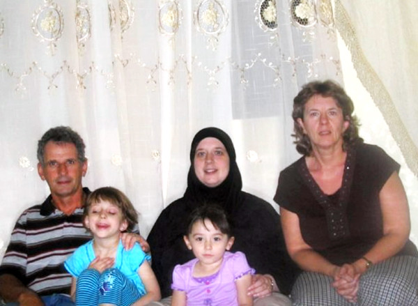 Heidi Alsaleh in Jordan with children and her parents.