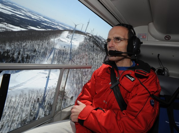 Gov. John Baldacci views the UPC Mars Hill wind farm from the air on March 25, 2008. During a press conference at Big Rock Ski Area, Baldacci spoke highly of the benefits of wind energy and cited Mars Hill and new wind projects in Danforth and around the state as the future of renewable energy for Maine.