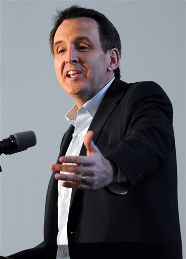 In this Oct. 30, 2010 file photo, Minnesota Gov. Tim Pawlenty speaks in Blaine, Minn.  (AP Photo/Craig Lassig, File)