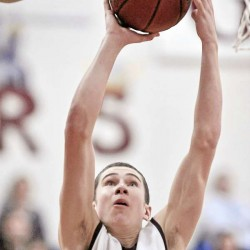 Ellsworth boys cap off unbeaten regular season