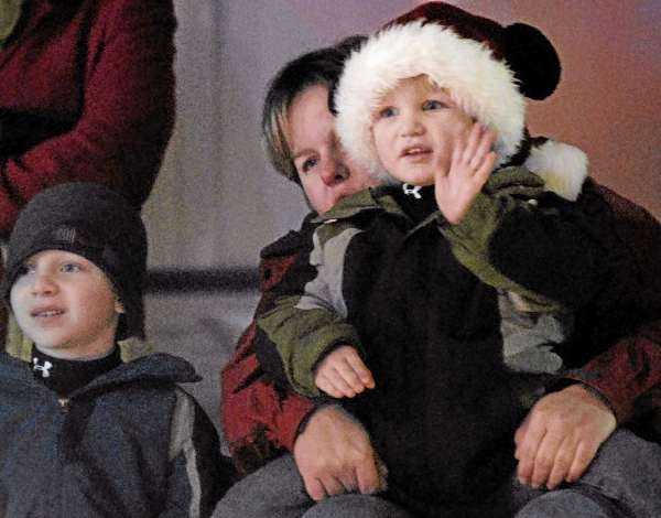 'Perfect day' for Festival of Lights parade