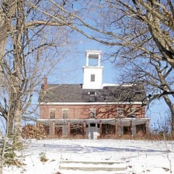 Bucksport council seeks bids to raze building in school that taught nearly 300 Civil War servicemen