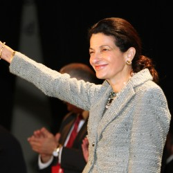 Sen. Snowe to see election challenge from tea party organizer
