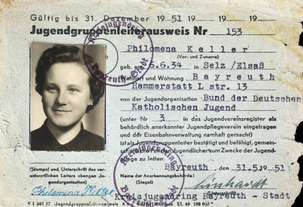 Philomena's 1951 youth group ID identifying her birthplace as Selz, Alsace (ElsaB).