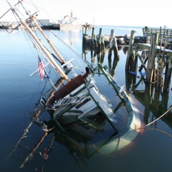 Efforts to float grounded boat fail