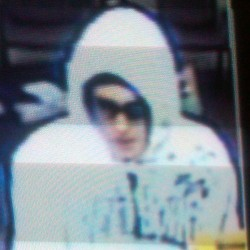 Bangor credit union robber still at large; manhunt continues