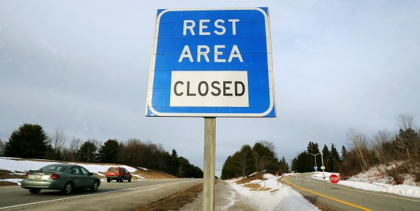 A sign warns motorists on I-95 South in Newport that the Pittsfield rest area is closed.