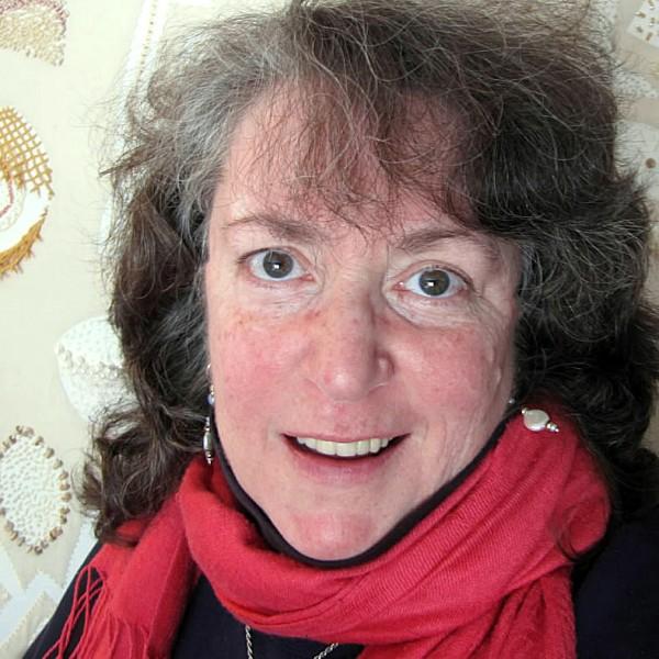 fiber artist Robinsunne of Rockport, 2011