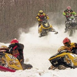 Lincoln snowmobile races expected to draw 700