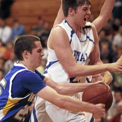 Washburn basketball star Mitch Worcester hits 2,000-point scoring milestone