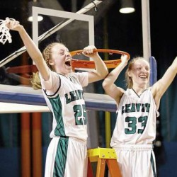 Sisters, mother guide Leavitt girls basketball title quest