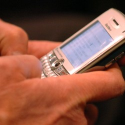 Panel rejects warning labels on cell phones