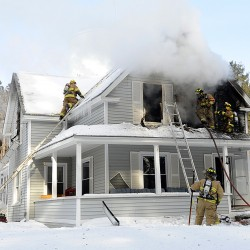 No working smoke detector in Lisbon Falls home where girls died
