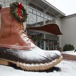 L.L. Bean reports best spring season since 2008, gives gift to employees
