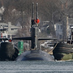 Maine delegation: Kittery shipyard could repair USS Miami