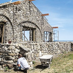 Land trust to open unique Rockport picnic cottage on select days