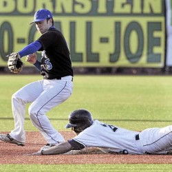 Maine baseball erases 7-run deficit, rallies for two in ninth to edge Colby 9-8