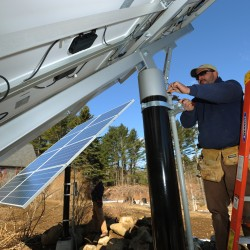 Maine House overrides LePage veto of solar power rebate bill