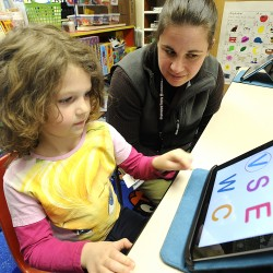 Report says giving iPads to Auburn kindergartners increases test scores