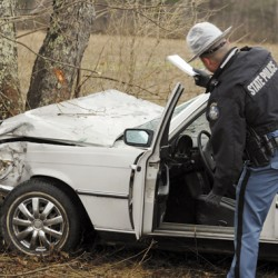 Distracted driving likely cause of I-95 accident that sends Bangor man to hospital