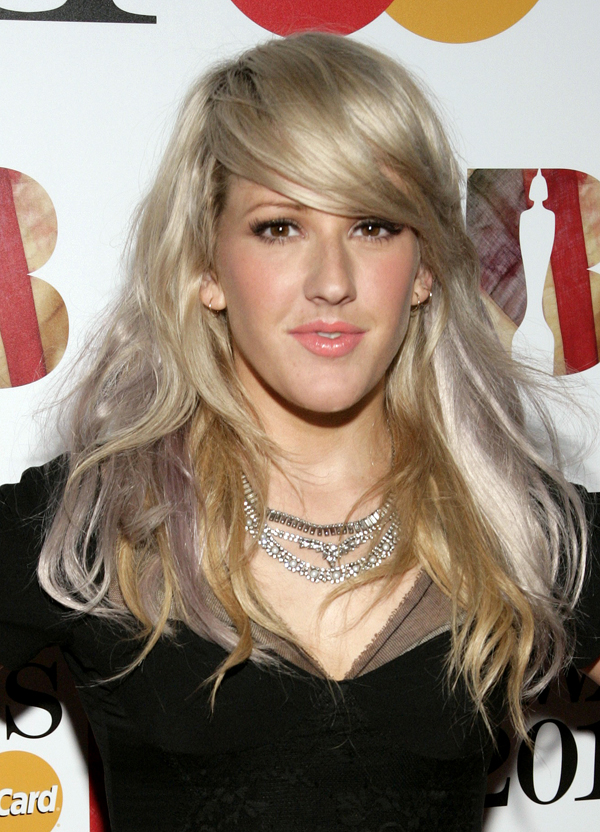 Singer Ellie Goulding has been selected to sing at the wedding reception of Prince William and Kate Middleton on Friday.