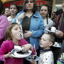 Maine House to debate whoopie pie as state treat