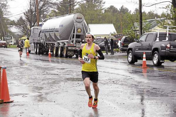 Jeff Moulton of Providence, R.I., heads for the finish line with a winning time of 2 hours, 26 minutes, 9.8 seconds in Sunday's 29th Sugarloaf Marathon.