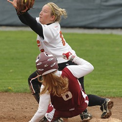 Skowhegan's Therriault one-hits Bangor 2-0 for Eastern Maine Class A softball title