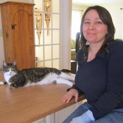 Jennifer and her cat, Smoke.