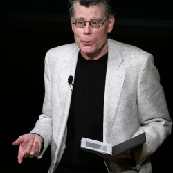 Stephen King visits NH to review book at event