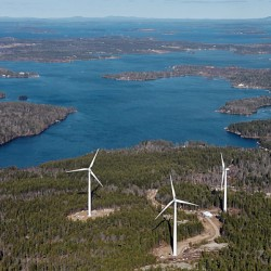 Grievances aired over wind turbines on Vinalhaven
