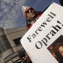 Finale of 'Oprah Winfrey' airs after 25-year run