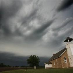 Spotting a tornado