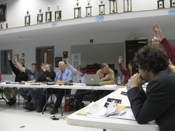 RSU 20 school board members vote Tuesday night whether or not to approve closure of Frankfort Elementary School. The motion passed by the two-thirds majority it needed.