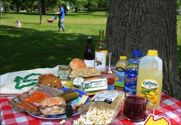 A Maine picnic.