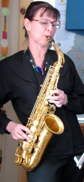 Musician Deb Maynard of the Little Big Band