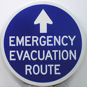 Those living and traveling in coastal Maine may notice a new informational road sign along some state roadways. The Maine Emergency Management Agency, working under a grant from the National Oceanic and Atmospheric Administration has designed a system of evacuation route signs to help people move safely away from coastal areas when a severe storm threatens. This is the standard design used along the East Coast.