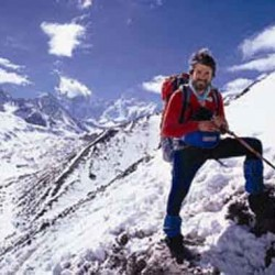 Lincoln Hall, survivor of Mount Everest ordeal, dies at 56